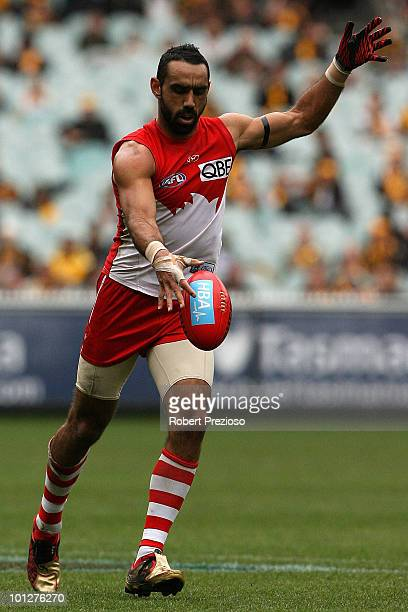 Adam Goodes of the Swans kicks the ball during the round ten AFL match between the Hawthorn Hawks and the Sydney Swans at Melbourne Cricket Ground on...
