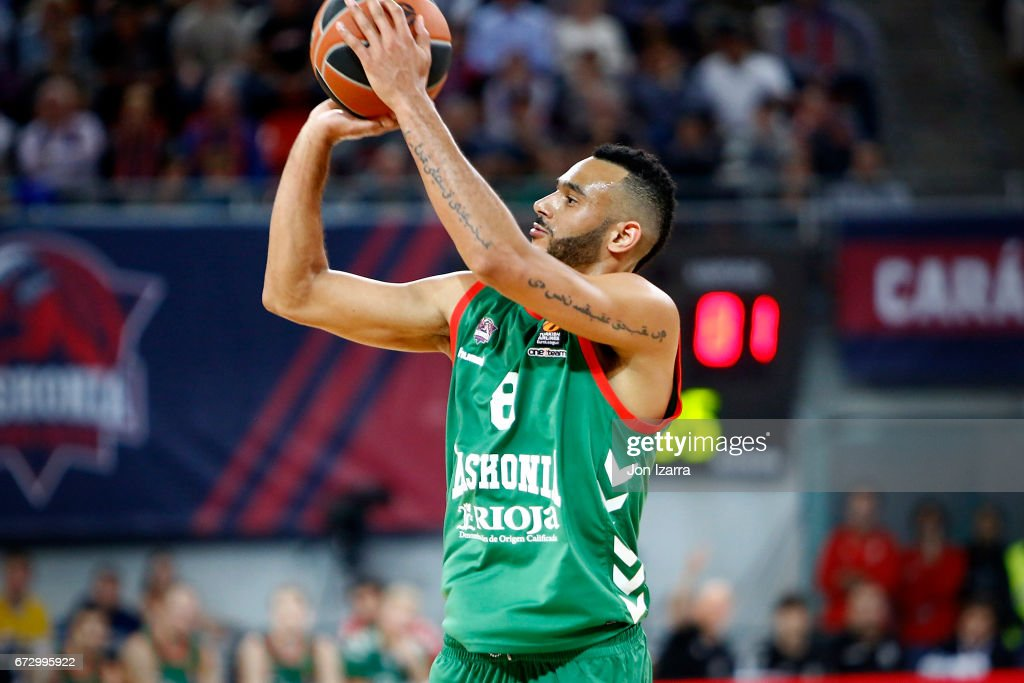 Baskonia Vitoria Gasteiz v CSKA Moscow 2016/2017 Turkish Airlines EuroLeague Playoffs leg 3 : News Photo
