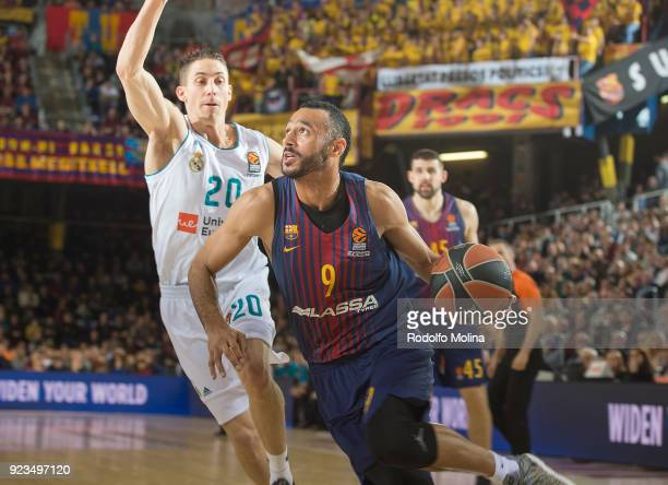Adam Hanga #9 of FC Barcelona Lassa in action during the 2017/2018 Turkish Airlines EuroLeague Regular Season game between FC Barcelona Lassa and...