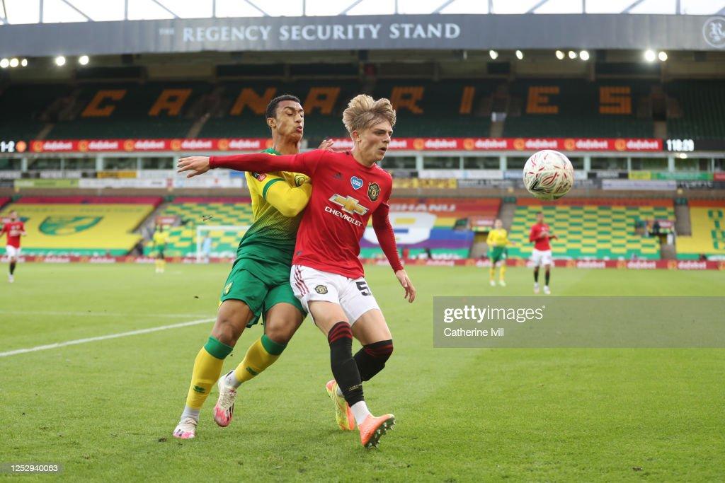 Norwich City v Manchester United - FA Cup: Quarter Final : News Photo