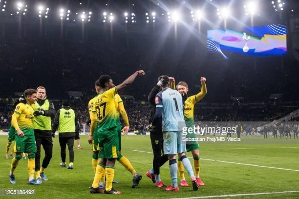 Adam Idah Tim Krul Alexander Tettey of Norwich City celebrate after winning penalty shootout during the FA Cup Fifth Round match between Tottenham...