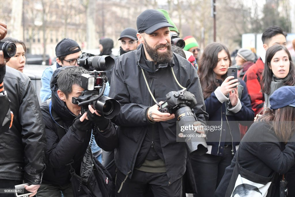 Celebrity Sightings -Paris Fashion Week - Menswear Fall Winter 2018/2019 : Day Six