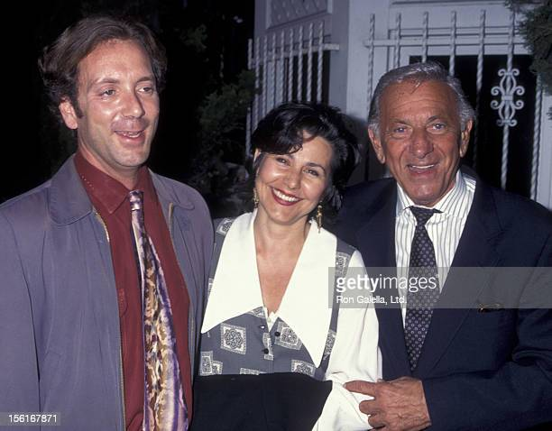 Adam Klugman Nancy Nye and actor Jack Klugman attend the party for Garry Marshall on September 27 1995 at the Monkey Bar in Los Angeles California