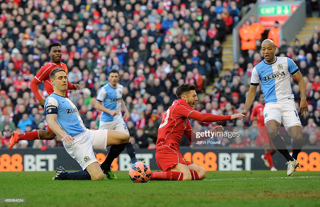 Liverpool v Blackburn Rovers - FA Cup Quarter Final : Fotografía de noticias