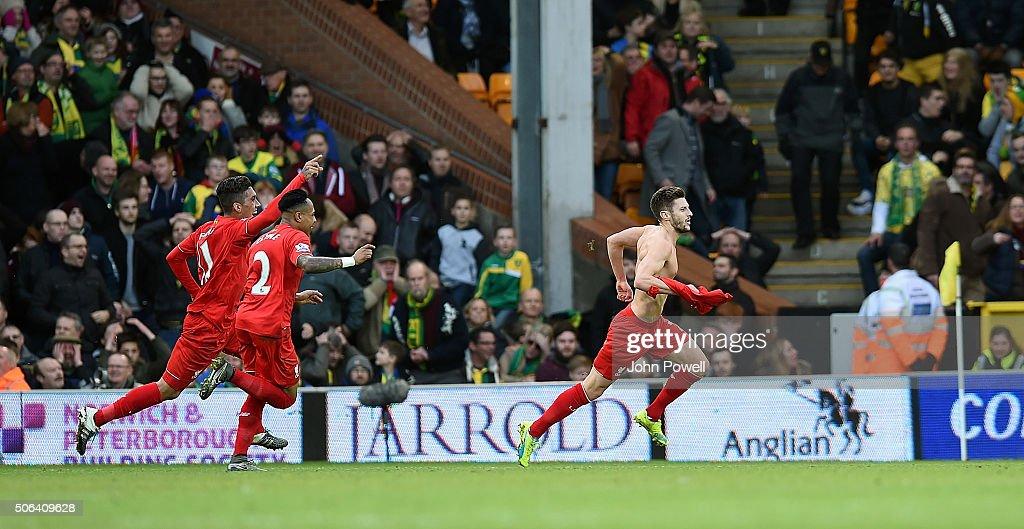 Norwich City v Liverpool - Premier League : Nachrichtenfoto