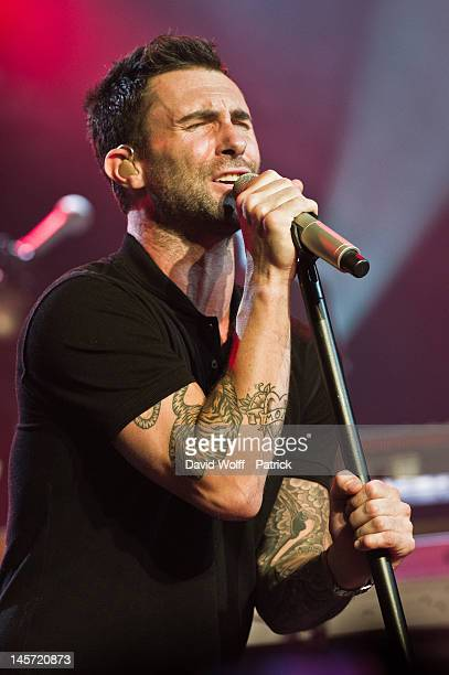 Adam Levine from Maroon 5 performs during private concert at L'Alhambra on June 4 2012 in Paris France