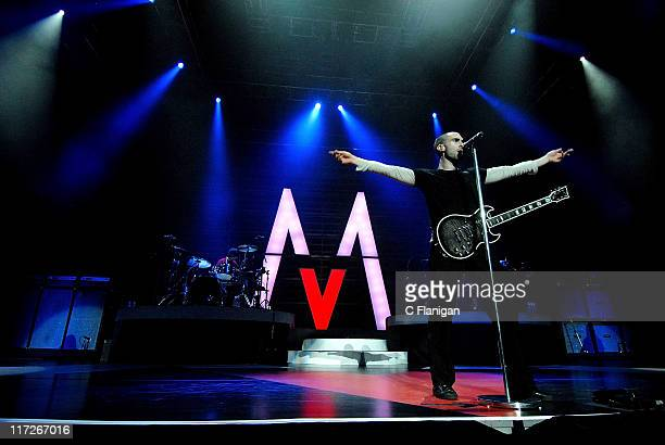 Adam Levine of Maroon 5 performs live at the HP Pavilion November 6 2007 in San Jose California