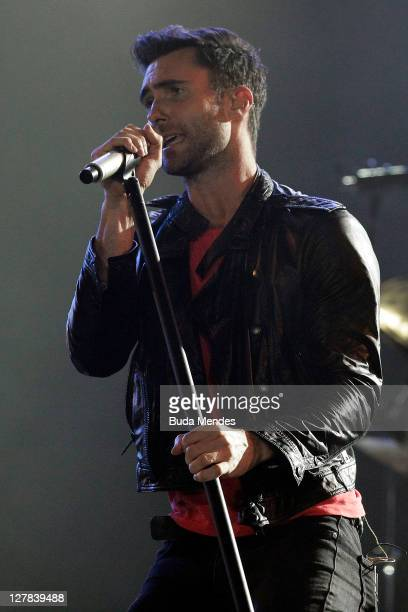 Adam Levine of Maroon 5 performs on stage during a concert in the Rock in Rio Festival on October 01 2011 in Rio de Janeiro Brazil Rock in Rio...
