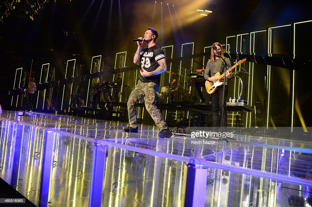 Adam Levine Of Maroon 5 Performs Onstage During The U0027Vu0027 Tour At Madison  Square