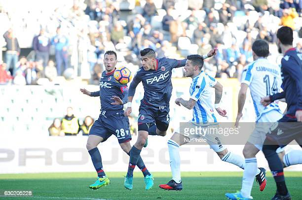 Adam Masina of Bologna FC scores during serie A tim between PESCARA vs BOLOGNA in Pescara on December 18 2016