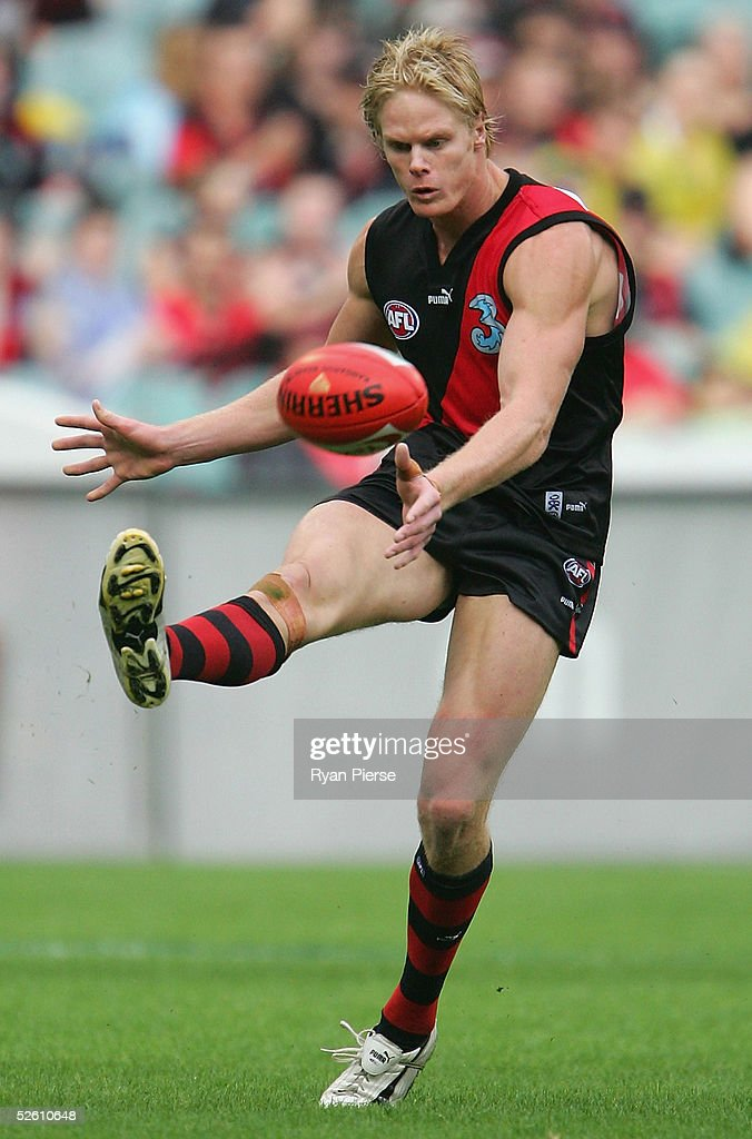 Adam McPhee #33 for the Bombers in action during the round three AFL match between the Essendon Bombers and the Hawthorn Hawks at the M.C.G. on April 10, 2005 in Melbourne, Australia.