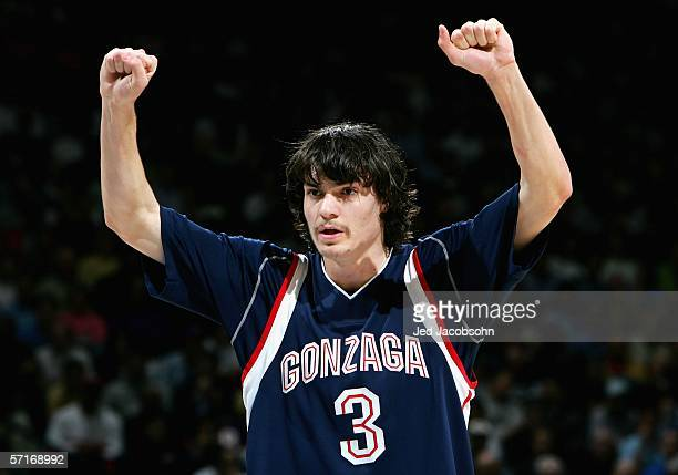 Adam Morrison of the Gonzaga Bulldogs calls a play against the UCLA Bruins during the third round game of the NCAA Division I Men's Basketball...