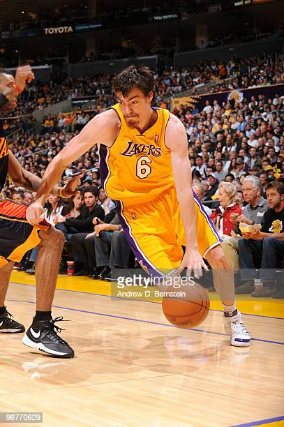 863f2fc3a Adam Morrison of the Los Angeles Lakers drives to the basket during a game  against the