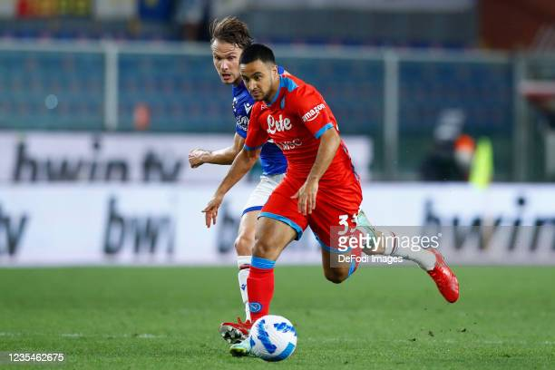 Adam Ounas of SSC Napoli controls the ball during the Serie A match between UC Sampdoria and SSC Napoli at Stadio Luigi Ferraris on September 23,...
