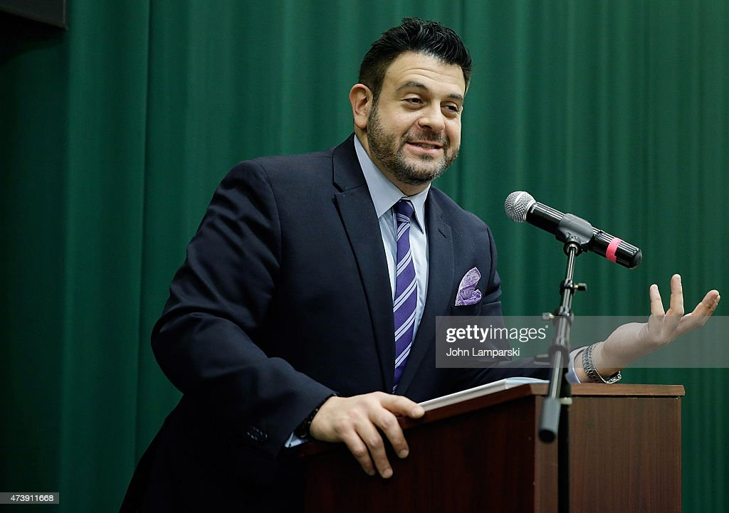 "Adam Richman Signs Copies Of ""Straight Up Tasty"""