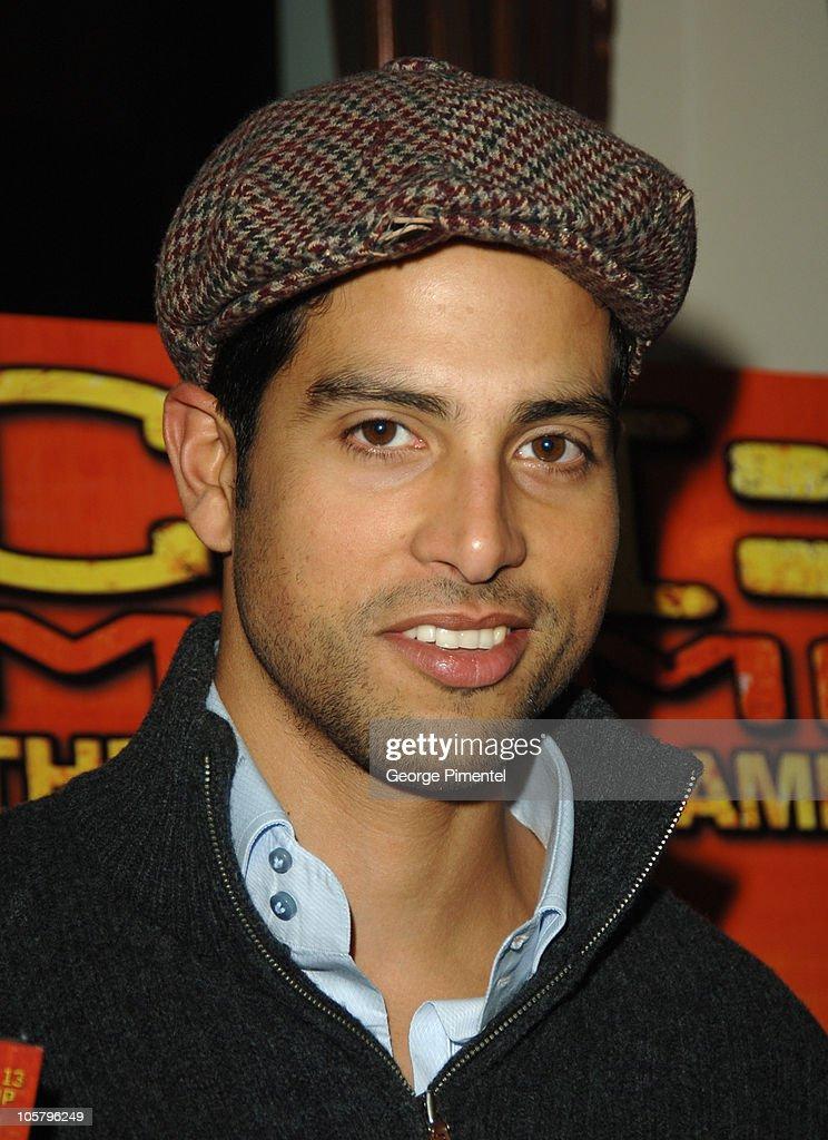 """Adam Rodriguez Promotes the """"CSI: Miami"""" - December 2, 2005"""