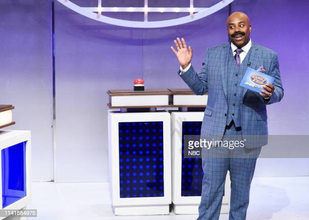 """Adam Sandler"""" Episode 1765 -- Pictured: Kenan Thompson as Steve Harvey during the """"Family Feud"""" Cold Open on Saturday, May 4, 2019 --"""