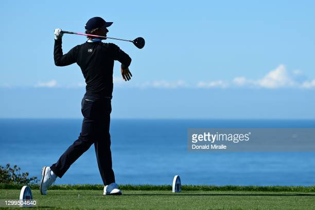 Adam Scott hits his tee shot on the 4th hole during round three of the Farmers Insurance Open at Torrey Pines South on January 30, 2021 in San Diego,...