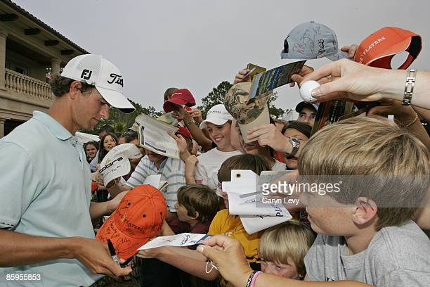 Adam Scott signs autographs after the fourth and final round of THE PLAYERS Championship held on THE PLAYERS Stadium Course at TPC Sawgrass in Ponte...