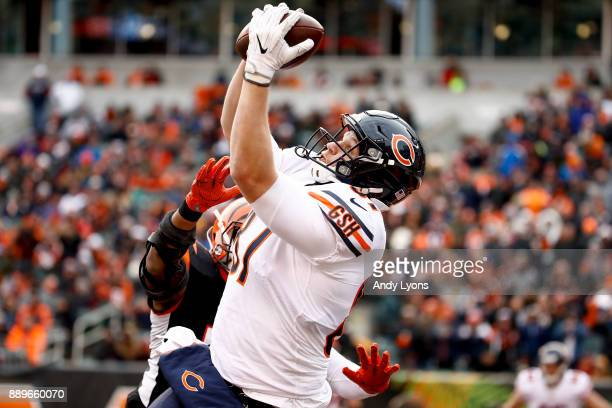 Adam Shaheen of the Chicago Bears catches a touchdown pass in the end zone against the Cincinnati Bengals during the second half at Paul Brown...