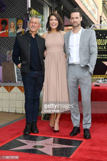 Adam Shankman Mandy Moore and Shane West attend a ceremony honoring Mandy Moore with a star on the Hollywood Walk Of Fame on March 25 2019 in...