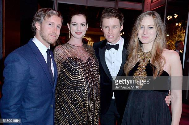 Adam Shulman actors Anne Hathaway Eddie Redmayne and Hannah Redmayne attend the 2016 Vanity Fair Oscar Party Hosted By Graydon Carter at the Wallis...