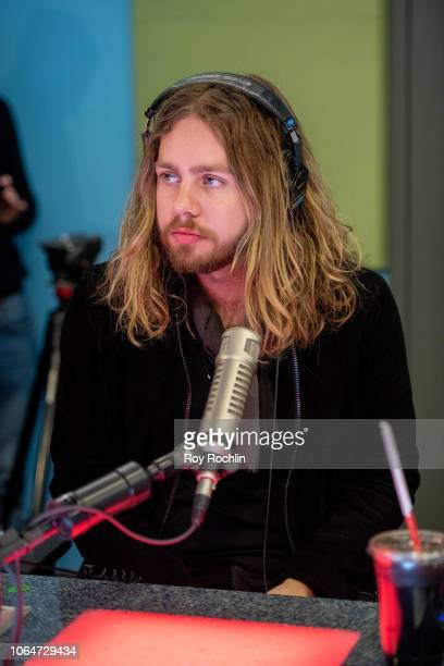 Adam Slack of The Struts as they visit the Elvis Duran show at Z100 Studio on November 07 2018 in New York City