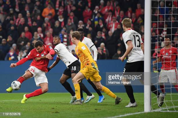 Adam Szalai of 1 FSV Mainz 05 scores his team's second goal during the Bundesliga match between 1 FSV Mainz 05 and Eintracht Frankfurt at Opel Arena...