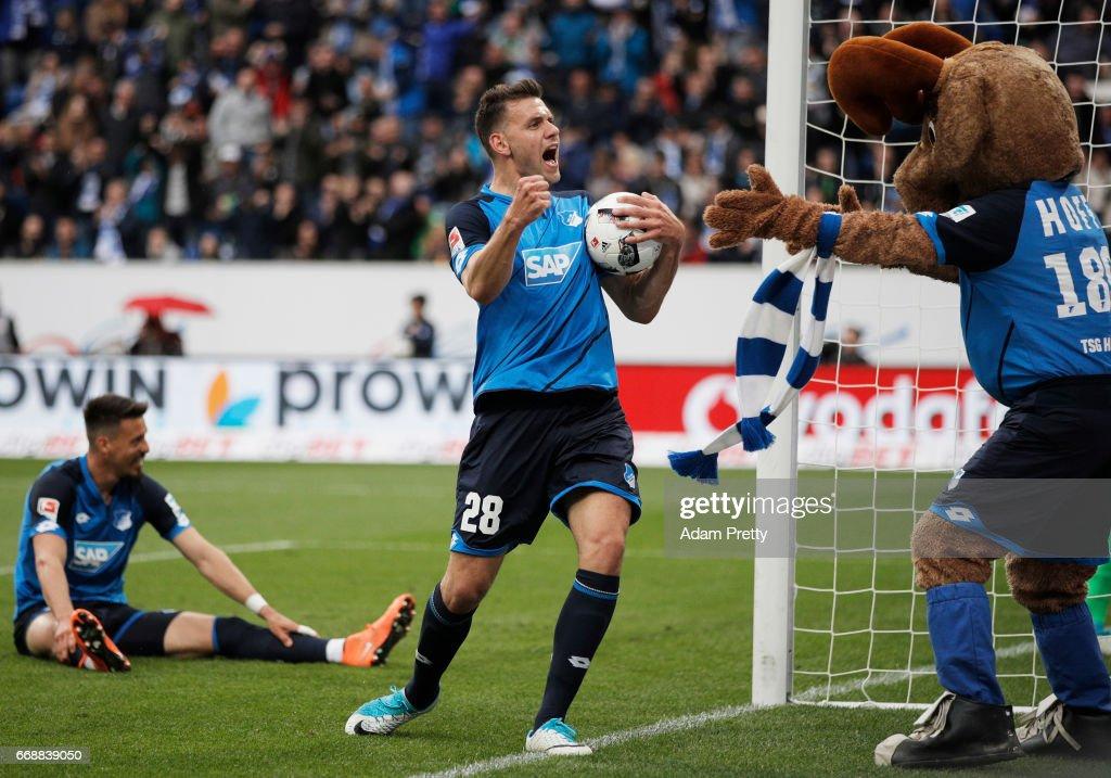 TSG 1899 Hoffenheim v Borussia Moenchengladbach - Bundesliga