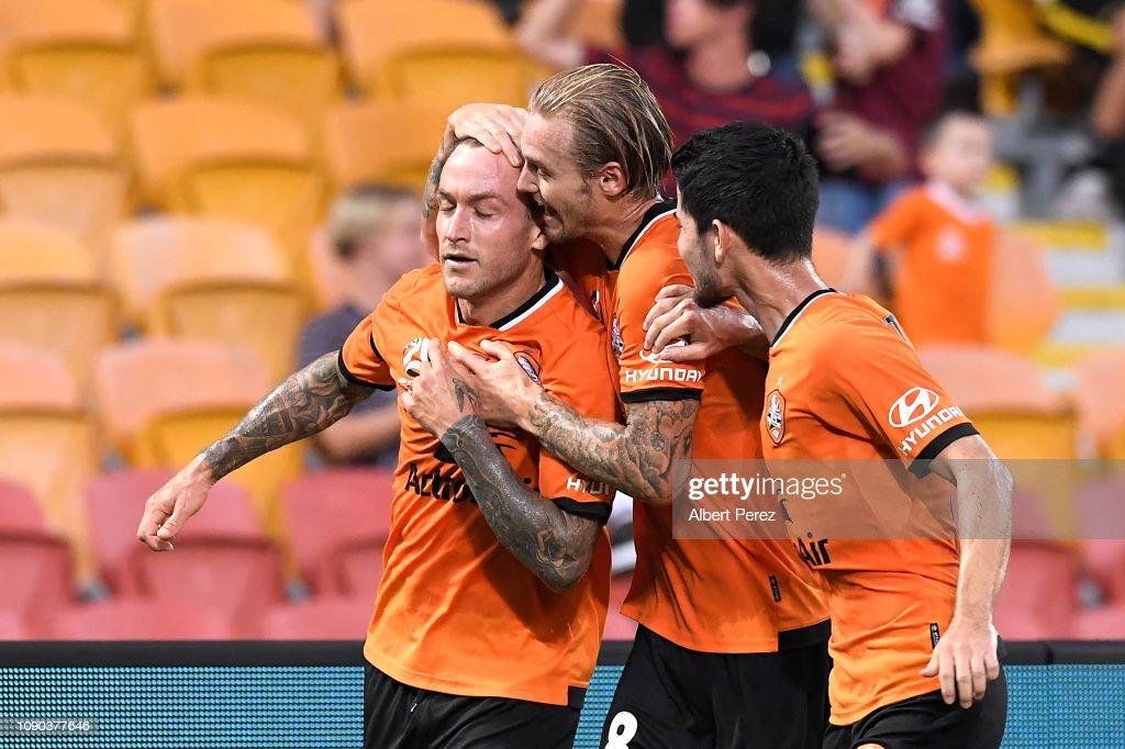 A-League Rd 11 - Brisbane v Perth : News Photo