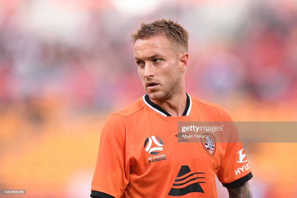 A-League Rd 1 - Brisbane v Central Coast : News Photo