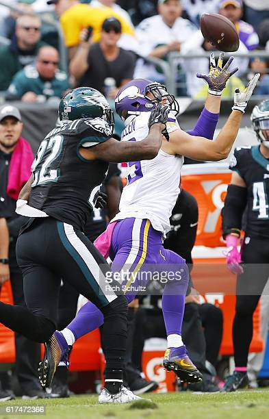 Adam Thielen of the Minnesota Vikings hauls in a reception against Nolan Carroll II during the second quarter of the Philadelphia Eagles in the...