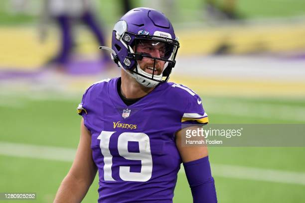 Adam Thielen of the Minnesota Vikings warms up before the game against the Atlanta Falcons at U.S. Bank Stadium on October 18, 2020 in Minneapolis,...