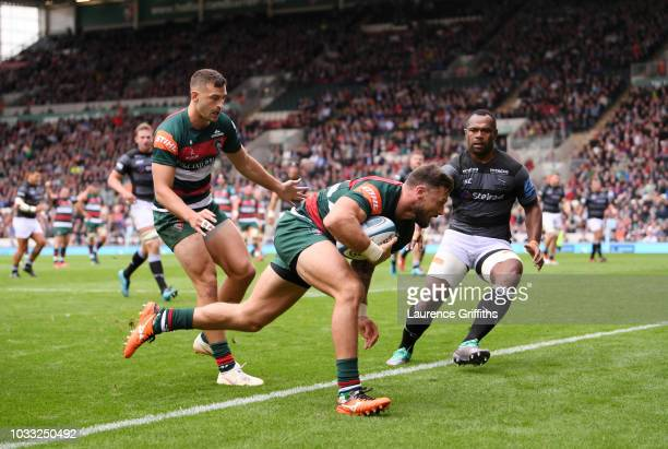 Adam Thompstone of Leicester Tigers scores a first half try during the Gallagher Premiership Rugby match between Leicester Tigers and Newcastle...