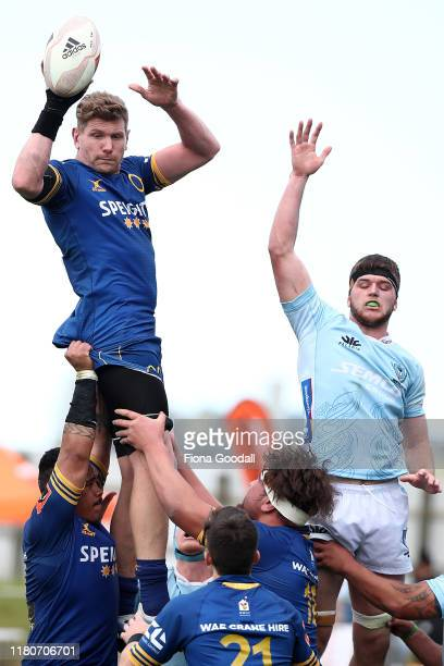Adam Thomson of Otago takes the lineout ball during the round 10 Mitre 10 Cup match between Northland and Otago at Semenoff Stadium on October 13...