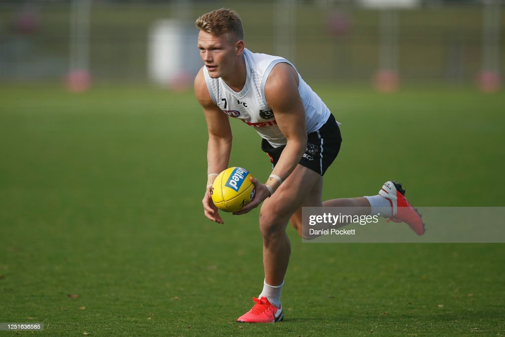 Collingwood Magpies Training Session : News Photo
