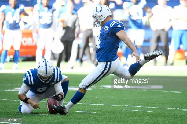 Adam Vinatieri of the Indianapolis Colts breaks the NFL record for field goals made in the second quarter against the Houston Texans at Lucas Oil...