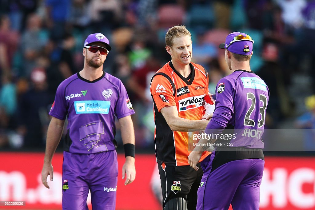 Adam Voges of the Scorchers shakes hands with Hurricanes players after the Big Bash League match between the Hobart Hurricanes and the Perth Scorchers at Blundstone Arena on January 21, 2017 in Hobart, Australia.