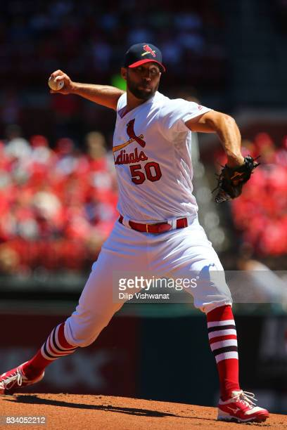 Adam Wainwright of the St Louis Cardinals pitches against the San Francisco Giants at Busch Stadium on May 21 2017 in St Louis Missouri