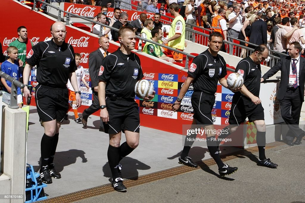 Soccer - Coca-Cola Football League Championship - Play Off Final - Blackpool v Cardiff City - Wembley Stadium : News Photo