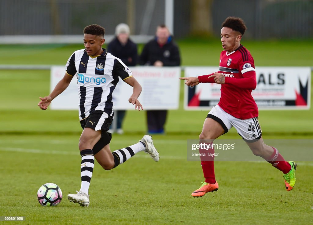Adam Wilson of Newcastle (15) controls the ball during the Premier League 2 Match between Newcastle United and Fulham at Whitley Park on April 10, 2017 in Newcastle upon Tyne, England.