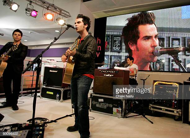 Adam Zindani Kelly Jones and Zavier Weyler of Stereophonics perform at HMV on Oxford Street during a store appearance on November 16 2009 in London...