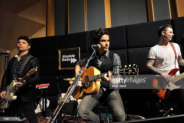 Adam Zindani Kelly Jones Richard Jones of Stereophonics perform as part of the Absolute Radio Christmas Sessions at Abbey Road Studios on December 11...