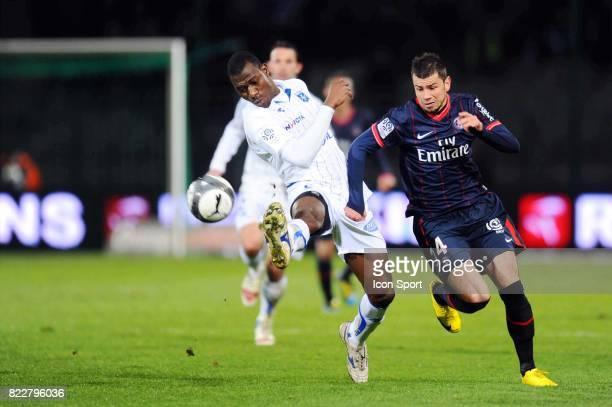 Adama COULIBALY / Mateja KEZMAN Auxerre / PSG 31eme journee de Ligue 1 Stade de l Abbe Deschamps Auxerre