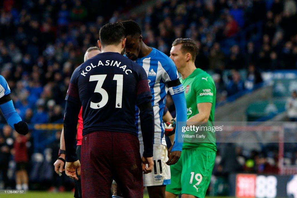 Huddersfield Town v Arsenal FC - Premier League : ニュース写真