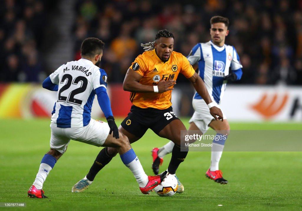Wolverhampton Wanderers v Espanyol Barcelona - UEFA Europa League Round of 32: First Leg : ニュース写真