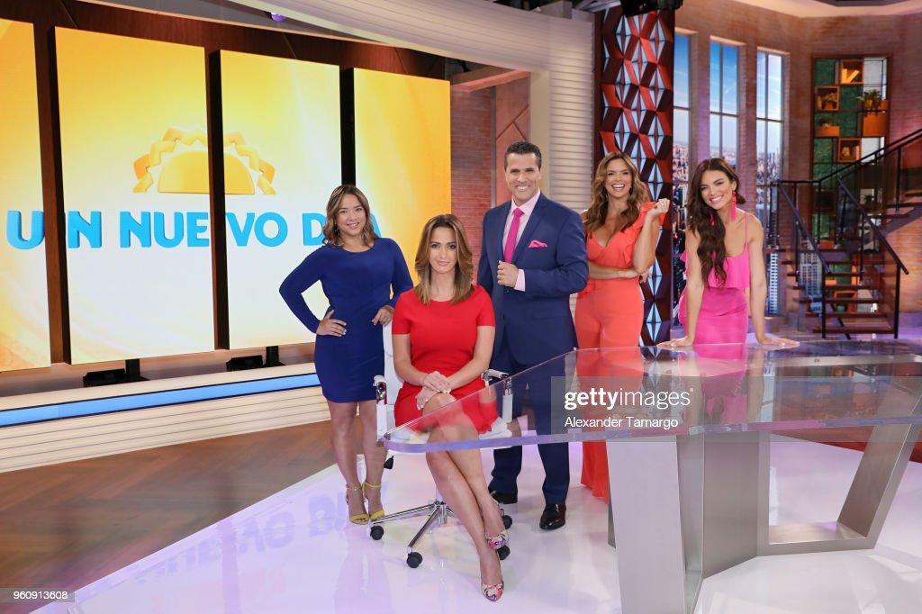 "Telemundo's ""Un Nuevo Dia"" Unveils New Set"