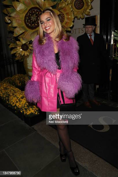 Addison Rae arrives for dinner at Scott's Mayfair Restaurant with Cecilia Cantarano and Charli XCX to celebrate Pandora ME collection re-launch on...
