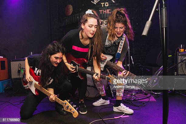 Ade Martin Ana Garcia and Carlotta Cosials of Hinds perform on stage at Brudenell Social Club on February 22 2016 in Leeds England