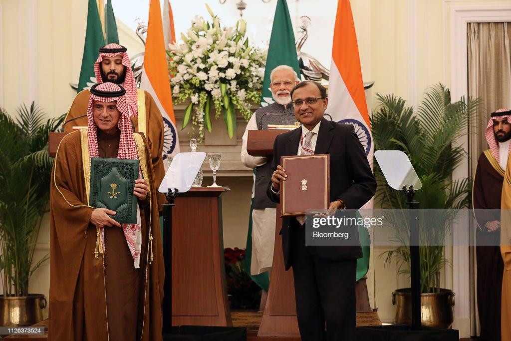 Saudi Arabia's Crown Prince Pledges to Fight Terror With India : News Photo